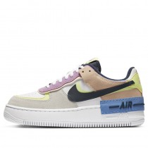 Nike Mujer Air Force 1 Shadow (Photon Dust/Barely Volt) CU8591-001